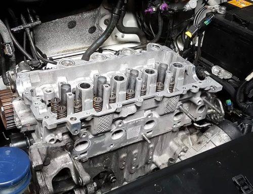 Remplacement de la chaîne entre les arbres à cames sur un moteur 1l6 HDi pour Peugeot 207 307 Partner
