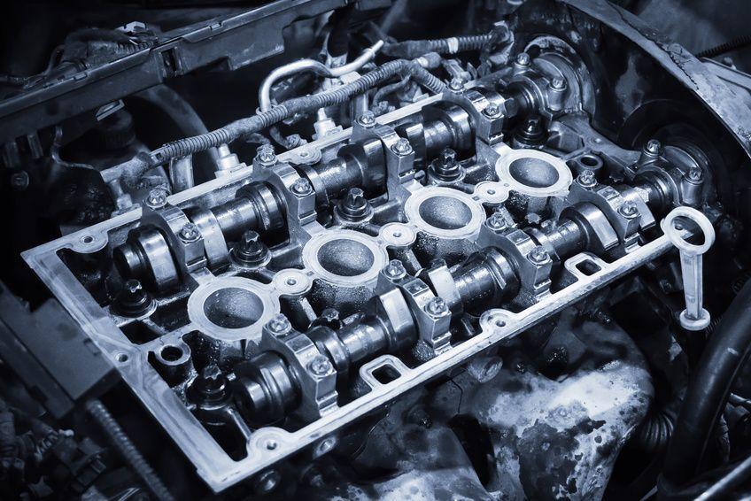 réparation mécanique, bloc moteur et arbres à cames Peugeot culasse