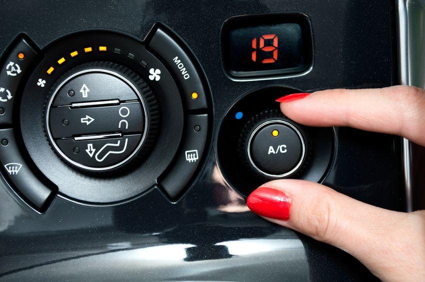 réglage de climatisation automatique automobile